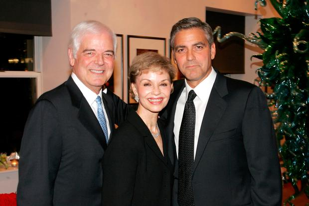 Nick Clooney, Nina Clooney and Actor George Clooney attend a dinner hosted by the Save Darfur Coalition September 13, 2006 in New York City. (Photo by Bryan Bedder/Getty Images)