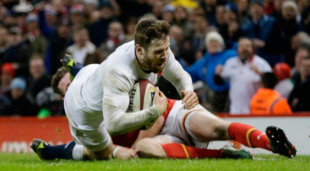 England's Elliot Daly scores a try. Photo: Reuters