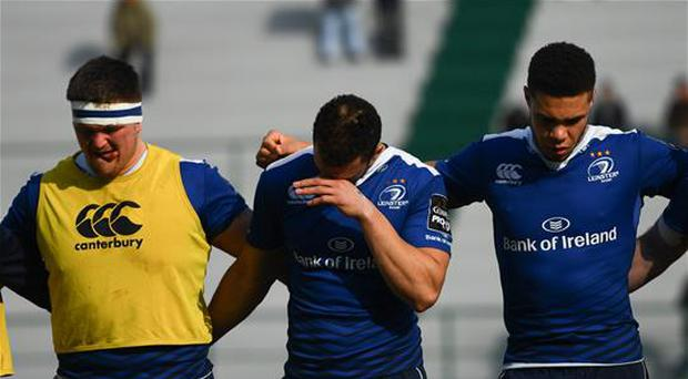 12 February 2017; Leinster's Zane Kirchner, centre, during a moments silence in memory of Joost van der Westhuizen of South Africa, who passed away earlier this week during the Guinness PRO12 Round 14 match between Benetton Treviso and Leinster at Stadio Monigo in Treviso, Italy. Photo by Stephen McCarthy/Sportsfile