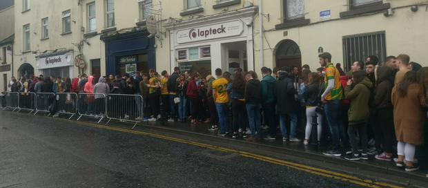 Revellers have been queuing since all hours this morning for 'Donegal Tuesday' Photo: @CityTaxisGalway Twitter