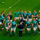 Joe Schmidt makes a point to the Irish players during the captain's run at the Aviva Stadium Photo: David Fitzgerald/Sportsfile