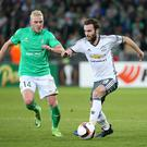SAINT-ETIENNE, FRANCE - FEBRUARY 22: Juan Mata of Manchester United and Jordan Veretout of Saint-Etienne (lett) in action during the UEFA Europa League Round of 32 second leg match between AS Saint-Etienne (ASSE) and Manchester United at Stade Geoffroy-Guichard on February 22, 2017 in Saint-Etienne, France. (Photo by Jean Catuffe/Getty Images)
