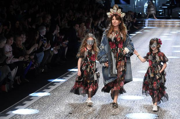Models present creations for fashion house Dolce & Gabbana during the Women's Fall/Winter 2017/2018 fashion week in Milan (Getty Images)