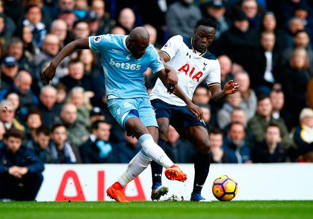 Stoke City's Bruno Martins Indi in action with Tottenham's Victor Wanyama. Photo: Reuters / Peter Cziborra