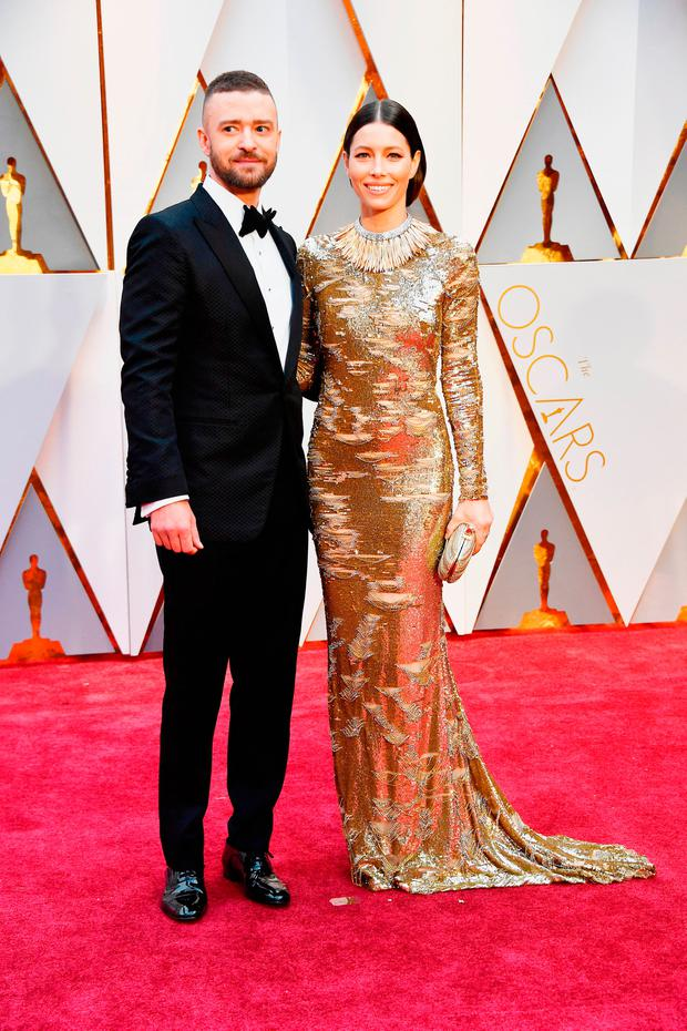 Actor/singer Justin Timberlake (L) and actor Jessica Biel attend the 89th Annual Academy Awards at Hollywood & Highland Center on February 26, 2017 in Hollywood, California. (Photo by Frazer Harrison/Getty Images)