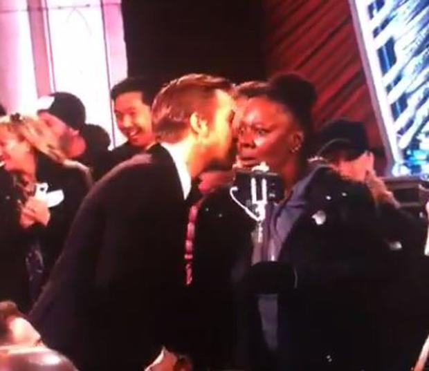 This woman who met Ryan Gosling on Oscar night is all of us