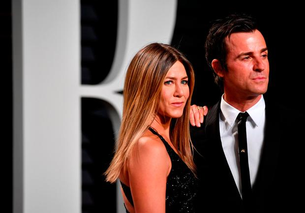 Jennifer Aniston And Justin Theroux Wedding.No Evidence Jennifer Aniston And Justin Theroux Were Ever Legally