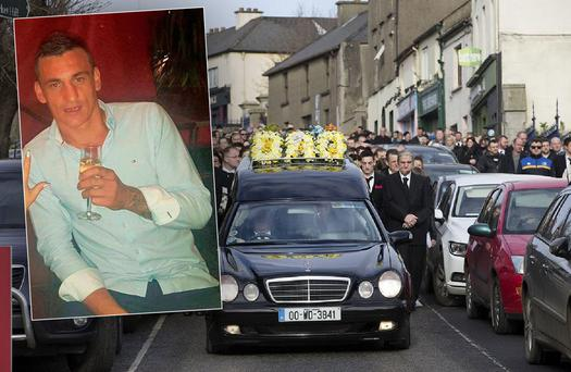 The funeral procession of David (Motcha) Walsh passes through the streets of Enniscorthy on its way to St Aidan's Cathedral. Photo: Tony Gavin Inset: David Walsh