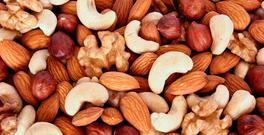 Mixture of nuts. Photo: Depositphotos