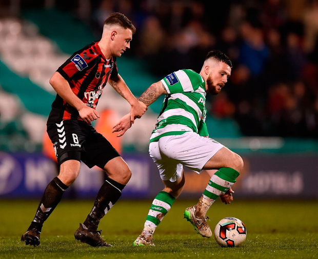 Brandon Miele of Shamrock Rovers in action against Philip Gannon of Bohemians. Photo by Seb Daly/Sportsfile