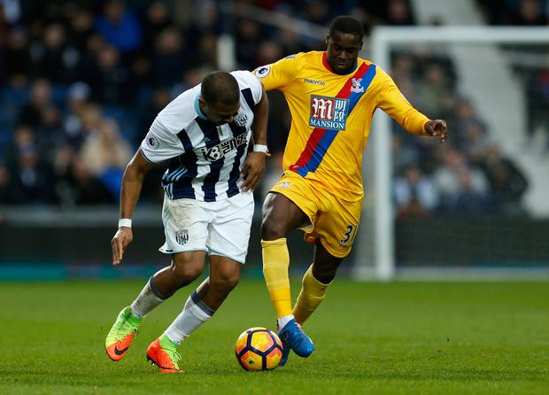 West Bromwich Albion's Salomon Rondon challenges Crystal Palace's Jeffrey Schlupp. Photo: Reuters