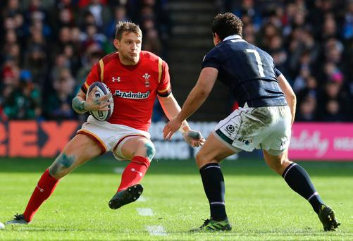 Best leads unchanged Ireland against Wales