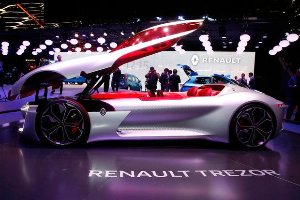 Renault Trezor Concept car is seen during the 87th International Motor Show at Palexpo in Geneva, Switzerland, March 7, 2017. REUTERS/Arnd Wiegmann