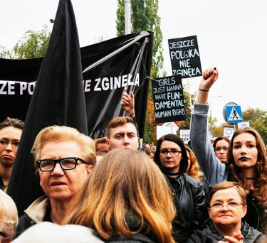 The action echoes that which was performed by women in Poland, who organised an all-out strike last year, in protest at attempts to tighten restrictive abortion laws even further. Photo: Getty Images