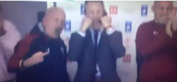 Shaun Edwards appeared to extend his middle finger in celebration