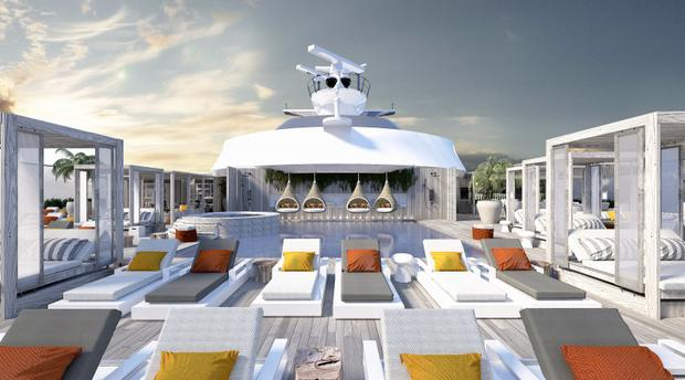 The Retreat sundeck includes private pool, hot-tub, bar and restaurant for Suite guests