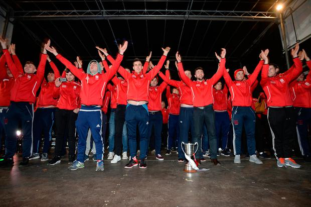 Cuala players salute the fans at their homecoming as All-Ireland club hurling champions in Dalkey last night Picture: Justin Farrelly