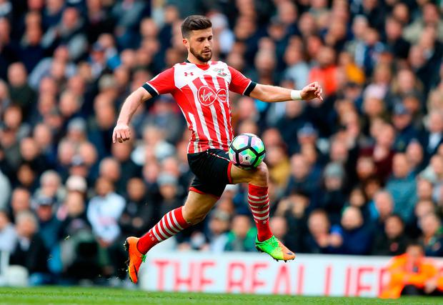 Shane Long of Southampton controls the ball. Photo by Warren Little/Getty Images