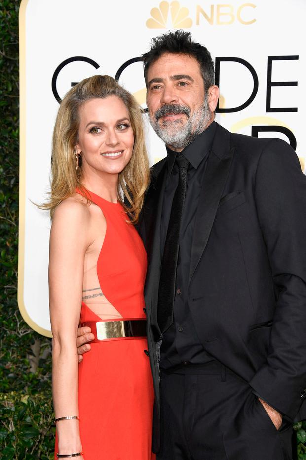 Actors Hilarie Burton and Jeffrey Dean Morgan attends the 74th Annual Golden Globe Awards at The Beverly Hilton Hotel on January 8, 2017 in Beverly Hills, California. (Photo by Frazer Harrison/Getty Images)