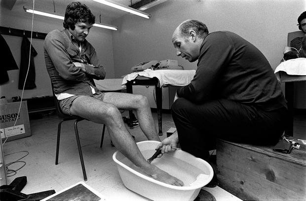 Helping John Toshack prepare for the 1977 European Cup final. Photo: Bob Thomas/Getty Images