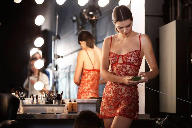 Who is kendall jenner dating 2017