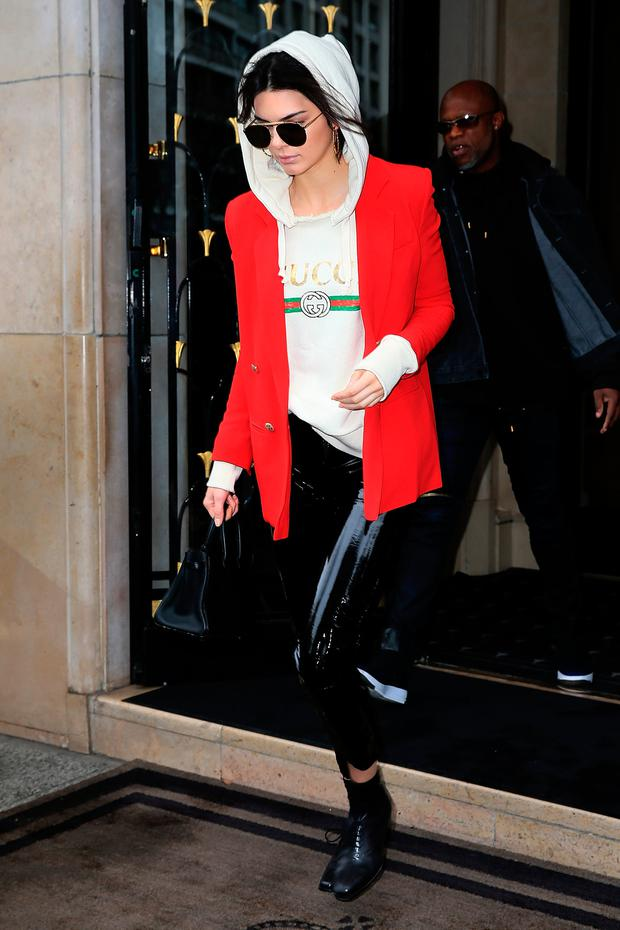 Kendall Jenner leaves her hotel on March 1, 2017 in Paris, France. (Photo by Pierre Suu/GC Images)