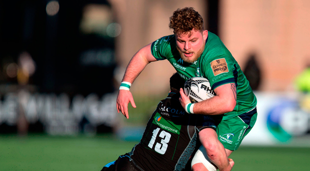 Finlay Bealham of Connacht in action against Nick Grigg of Glasgow Warriors Photo: Kenny Smith/Sportsfile