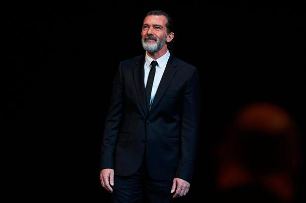 Spanish actor Antonio Banderas receives the honorary Gold Biznaga award during the 20th Malaga Film Festival at the Cervantes Teather on March 25, 2017 in Malaga, Spain. (Photo by Carlos Alvarez/Getty Images)
