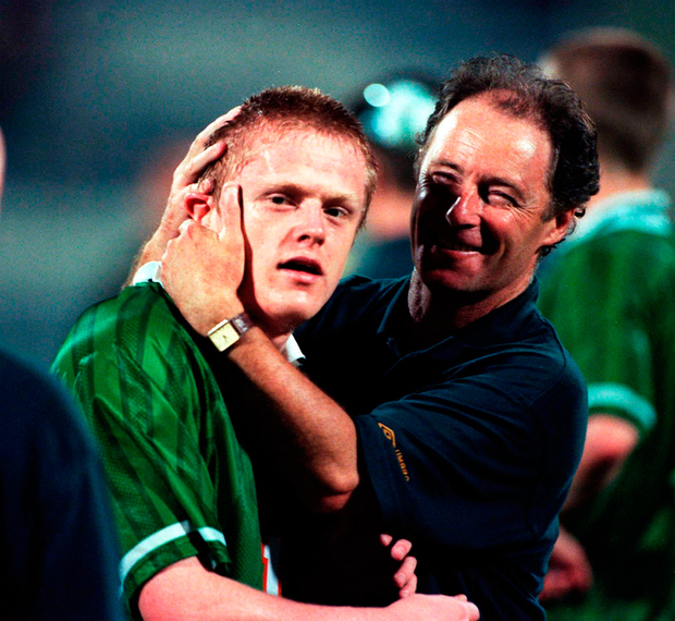 Ireland U-20 manager Brian Kerr embraces Damien Duff during the U-20 World Cup in 1999. Photo: David Maher/Sportsfile