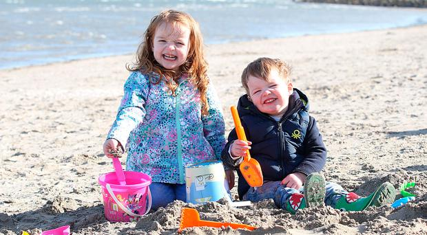 High temperatures 'a taster of what's to come' as Easter Weekend set to be dry and warm