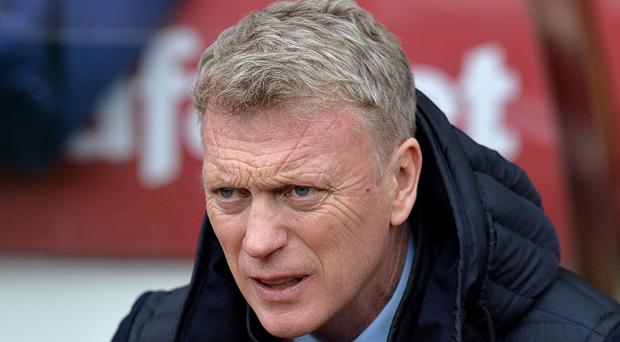 David Moyes, Manager of Sunderland looks on prior to the Premier League match between Sunderland and Burnley at Stadium of Light. (Photo by Mark Runnacles/Getty Images)