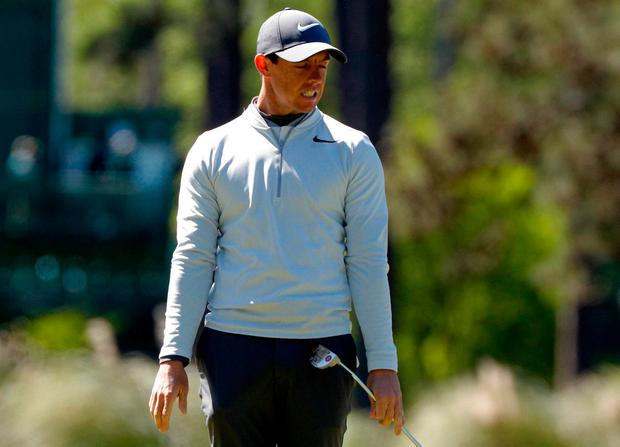Rickie Fowler joins 4-way tie at the top in Masters