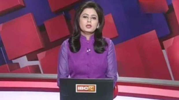 Indian TV anchor reads out breaking news of husband's death