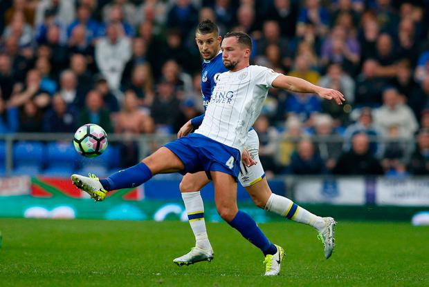 Leicester City's Danny Drinkwater in action with Everton's Kevin Mirallas. Photo: Reuters / Andrew Yates