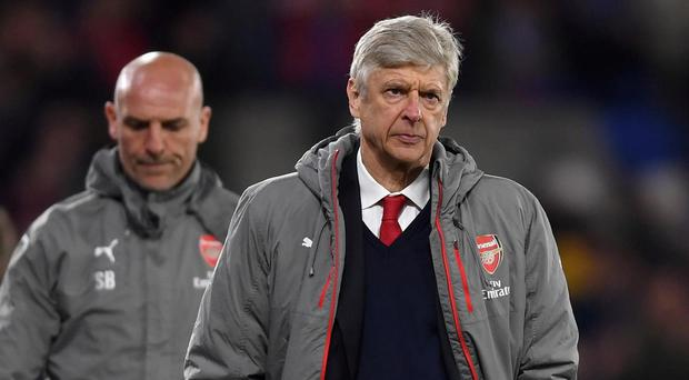 Calls for Wenger to resign grow louder after Palace loss