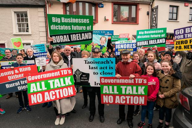 Members and supporters of the Irish Postmasters Union at the Taoiseach's constituency office in Castlebar. Photo: Keith Heneghan/Phocus