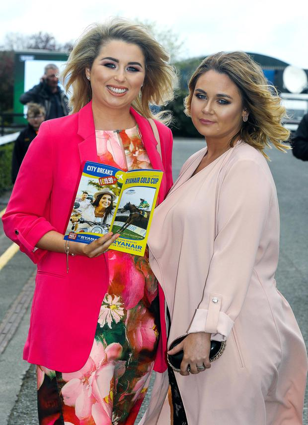 2017 Fairyhouse Racing Festival, Fairyhouse Racecourse, Co. Meath 16/4/2017 Cheryl Scully and Serena Cole from Dublin Pic: ©INPHO/Lorraine O'Sullivan