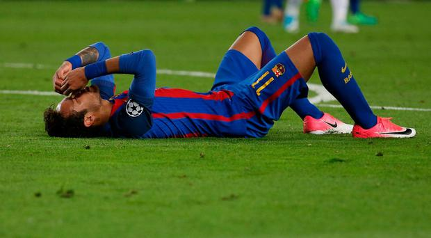 Barcelona's Neymar looks dejected after the match. Reuters / Sergio Perez