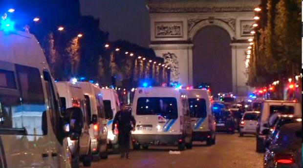 1 officer dead, 1 wounded in attack in Paris
