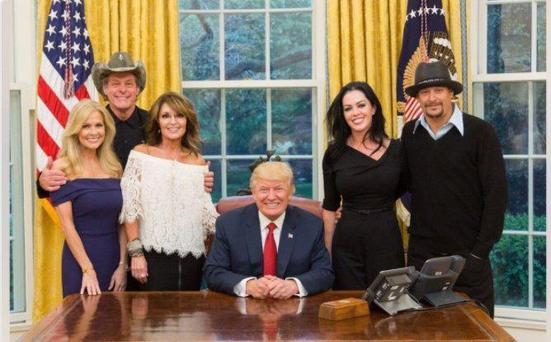 Donald Trump meets with Sarah Palin, Kid Rock, and Ted Nugent in the White House for dinner (Photo:Sarah Palin on Facebook)