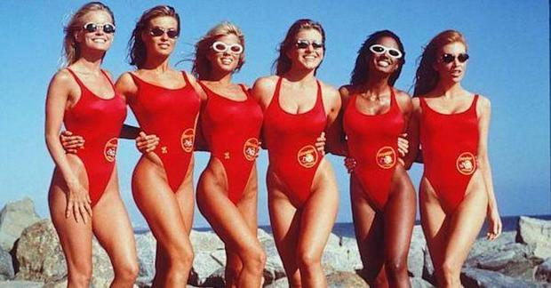 Original Baywatch 'babes' reunite after 20 years and prove