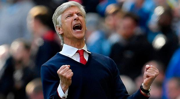 Wenger: Finally reason to celebrate. Photo: REUTERS