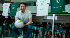 26 April 2017; Aer Lingus ambassador, Robbie Keane was at Dublin Airport today to launch Aer Lingus big North American sale. Photo by David Maher/Sportsfile
