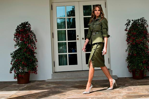 US First Lady Melania Trump walks past the West Wing of the White House April 27, 2017 in Washington, DC. / AFP PHOTO / Brendan Smialowski (Photo credit: BRENDAN SMIALOWSKI/AFP/Getty Images)
