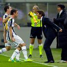 MILAN, ITALY - OCTOBER 29: Head coach Antonio Conte and Claudio Marchisio of FC Juventus celebrates scoring the second goal during the Serie A match between FC Internazionale Milano and Juventus FC at Stadio Giuseppe Meazza on October 29, 2011 in Milan, Italy. (Photo by Claudio Villa/Getty Images)