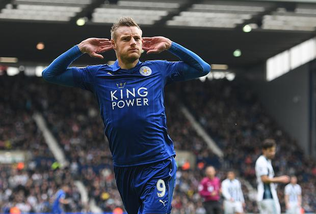 Jamie Vardy of Leicester City celebrates after scoring his sides first goal during the Premier League match between West Bromwich Albion and Leicester City at The Hawthorns on April 29, 2017 in West Bromwich, England. (Photo by Shaun Botterill/Getty Images)