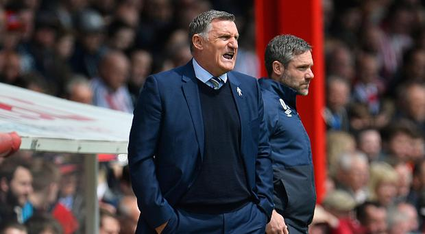 BRENTFORD, ENGLAND - MAY 07: Tony Mowbray manager of Blackburn Rovers gives his team instructions during the Sky Bet Championship match between Brentford and Blackburn Rovers at Griffin Park on May 7, 2017 in Brentford, England. (Photo by Justin Setterfield/Getty Images)