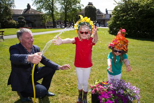 Pictured at the launch in the Botanic Gardens Glasnevin were Gary Graham, Bord Bia's Bloom Show Manager with Lauren Keane (5) and Sophie Bracken (4)