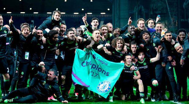 Chelsea players and manager Antonio Conte celebrate becoming Premier League Champions