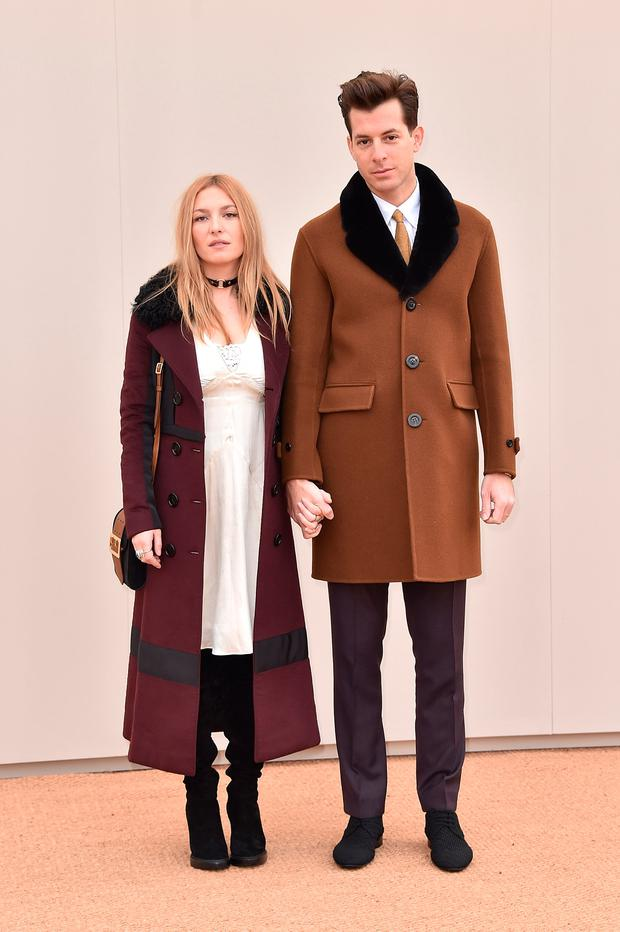 Josephine De La Baume and Mark Ronson wearing Burberry attends the Burberry Menswear January 2016 Show on January 11, 2016 in London, United Kingdom. (Photo by Gareth Cattermole/Getty Images for Burberry)